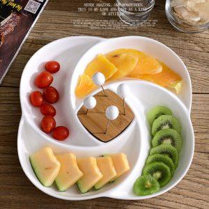 Khay hoa quả kèm xiên